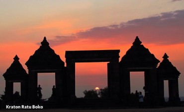 sunset-candi-ratu-boko